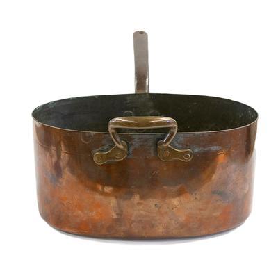 Oval English Dovetail Copper Pot