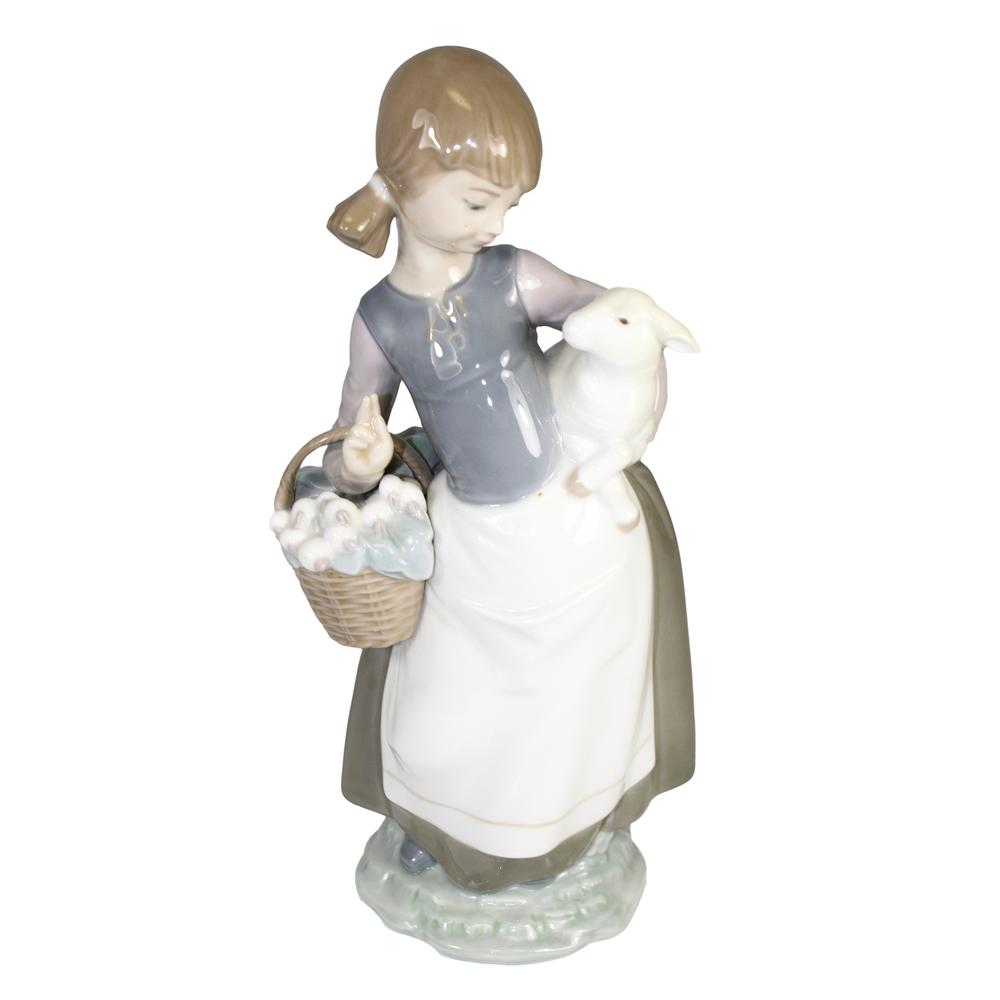 Lladro Girl With Lamb Figurine