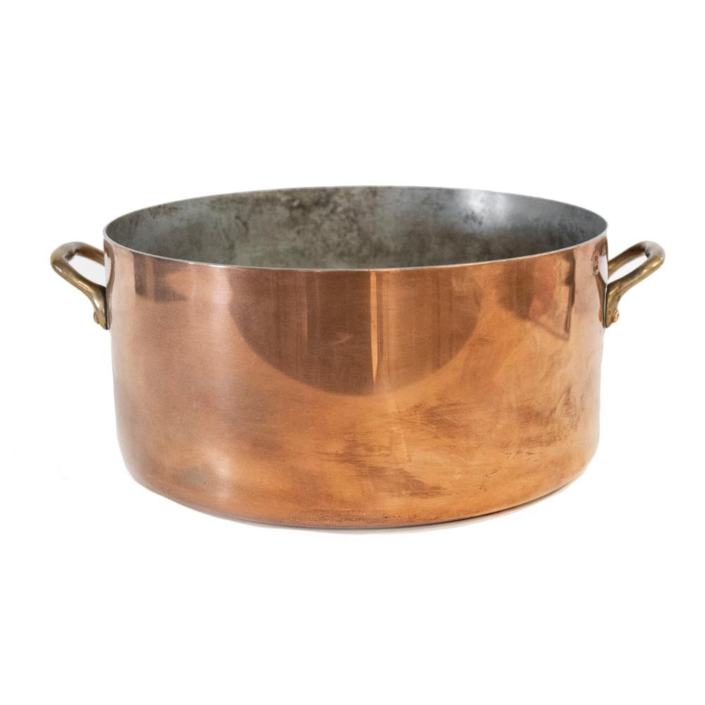 William Sonoma Stock Pot